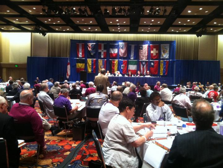 Bishop Mark Beckwith addressing the House of Bishops. DIANA WILCOX PHOTO