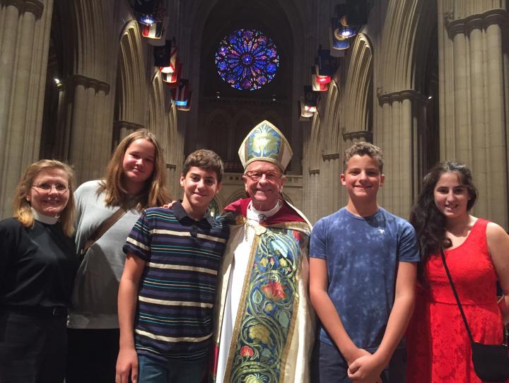 Youth from St. James, Upper Montclair with Bishop Gene Robinson at the National Acolyte Festival. PHOTO COURTESY ST. JAMES, UPPER MONTCLAIR