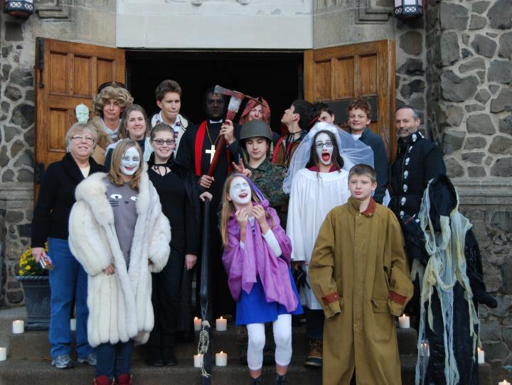 St. James' Youth Group Ghost Tour. GINNY SAYLOR PHOTO