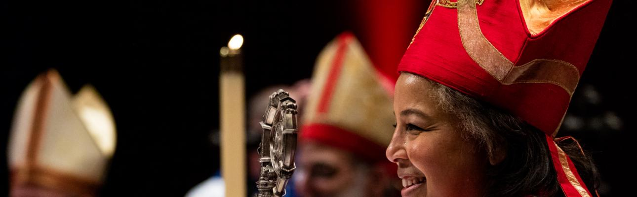 Bishop Hughes at her consecration. CYNTHIA BLACK PHOTO