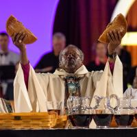 July 5: Presiding Bishop Michael Curry celebrates the opening Eucharist. CYNTHIA BLACK PHOTO