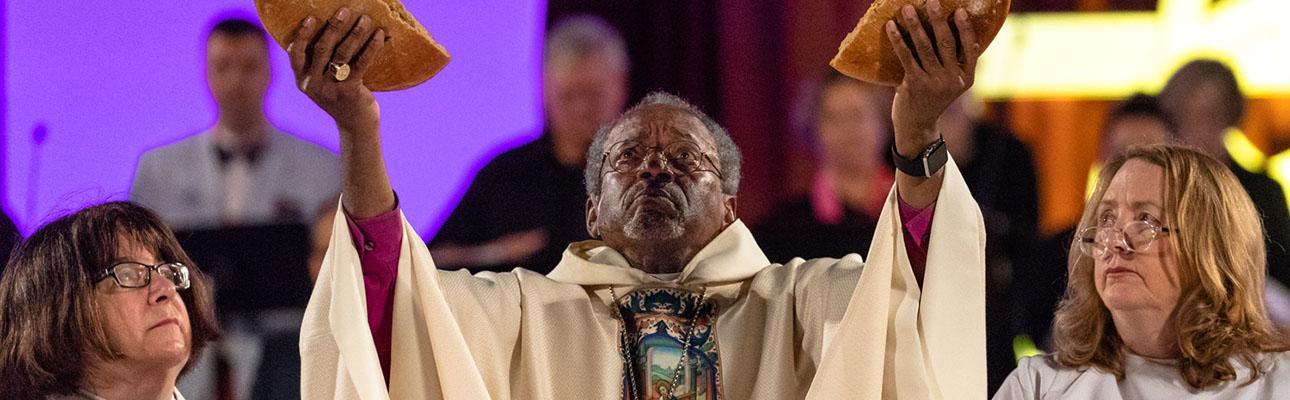 Presiding Bishop Michael Curry celebrates the opening Eucharist on July 5. CYNTHIA BLACK PHOTO